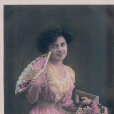 Postales: POSTAL MUJER CON ABANICO - CIRCULADA 1911 - 4648 CIRCE. Lote 177370678