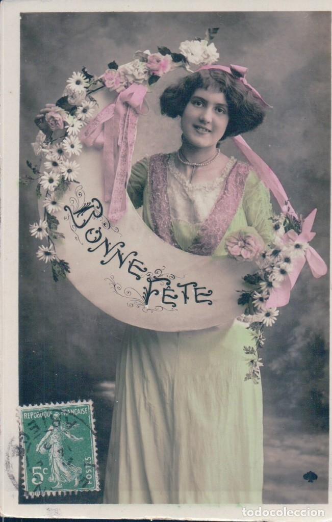 POSTAL MUJER FELICITANDO AÑO NUEVO - CIRCULADA (Postales - Postales Temáticas - Galantes y Mujeres)