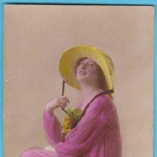 Postales: MUJER ROMÁNTICA. DIX PARIS 1393/2. VIRADO EN SEPIA Y COLOREADA. ESCRITA EN 1919. Lote 183372407