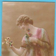 Postales: MUJER ROMÁNTICA. DIX PARIS 331. VIRADO EN SEPIA Y COLOREADA. ESCRITA EN 1918. Lote 183372621