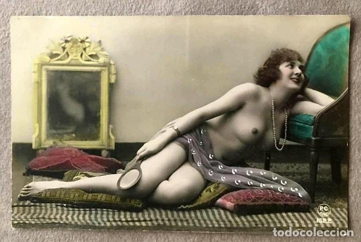 LOTE DE TRES POSTALES COLOREADAS A MANO PARIS 1915 (Postales - Postales Temáticas - Galantes y Mujeres)