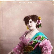 Postales: POSTAL BELLA DALIA ESCRITO AL DORSO DATADO EN 1909. CON SELLO 10 CÉNTIMOS ALFONSO XIII TIPO CADETE.. Lote 191613451