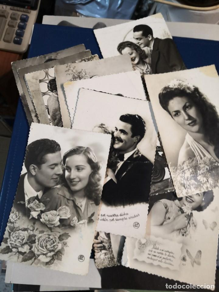 LOTE 12 POSTALES TROQUELADAS BLANCO Y NEGRO TIPO FOTOGRAFIA AÑOS 50 (Postales - Postales Temáticas - Galantes y Mujeres)