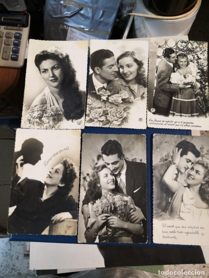Postales: Lote 12 postales troqueladas blanco y negro tipo fotografia años 50 - Foto 2 - 194726066
