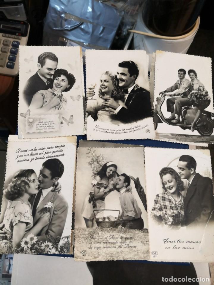 Postales: Lote 12 postales troqueladas blanco y negro tipo fotografia años 50 - Foto 3 - 194726066