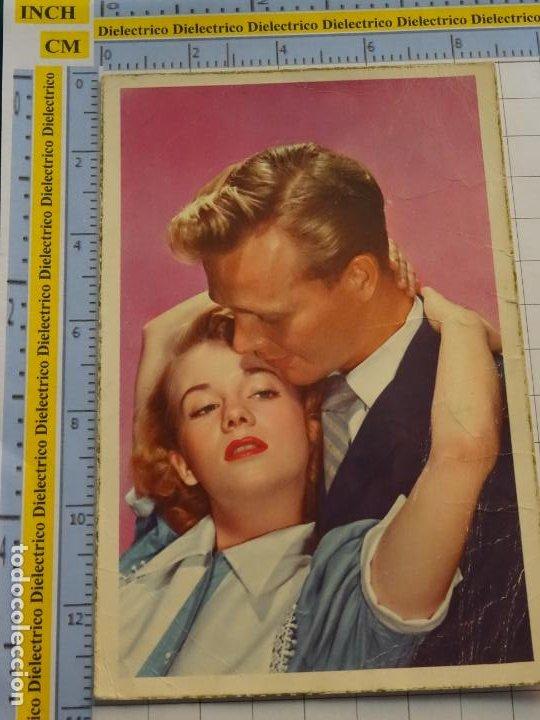 POSTAL DE MUJERES Y GALANTES. FECHADA MELILLA AÑO 1956. ENAMORADOS. S/500 CYZ. 145 (Postales - Postales Temáticas - Galantes y Mujeres)