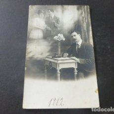 Postales: ENAMORADO ESCRIBIENDO CARTA POSTAL. Lote 204009156
