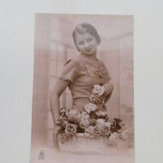 Postales: POSTAL FRANCESA DE 1937 DE CHICA. LÉO PARÍS 5797.. Lote 207309043