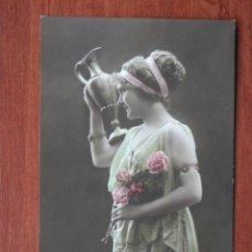 Cartes Postales: LOTE 63 POSTALES ROMÁNTICAS - GALANTES - MUJERES - ANTIGUAS LA MAYORÍA PPIOS SIGLO. Lote 209233125