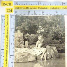 Postales: FOTO FOTOGRAFÍA TARJETA. AÑOS 50. MUJER JOVEN MODELO. CASA NEGTOR 122.. Lote 217649355