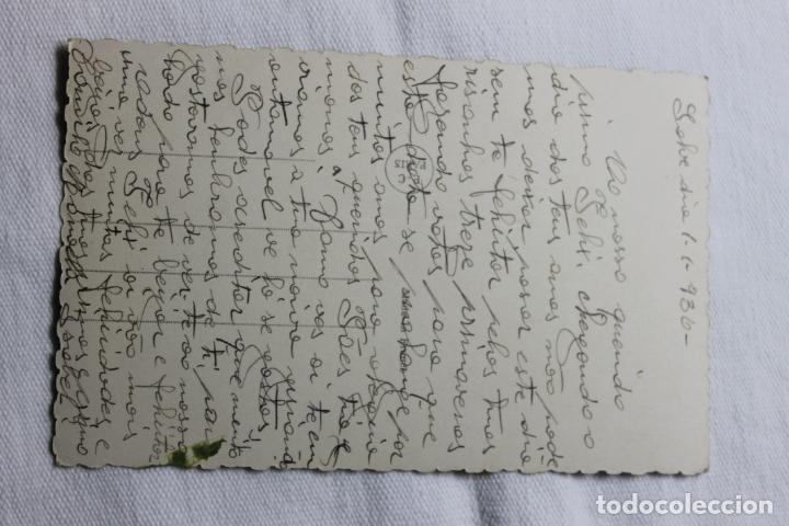 Postales: ANTIGUA POSTAL MUJER CONDUCIENDO COCHE Y SALUDANDO - AÑOS 30 -P.C. PARIS 3898 - Foto 2 - 254324435