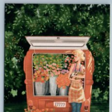 Postales: PRETTY WOMAN FARM WORKSHOP COCK ROOSTER FLOWERS OLD CAR RUSSIAN NEW POSTCARD - ANASTASIYA BAZAROVA. Lote 278752803