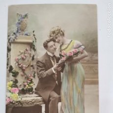 Postales: P-12894. POSTAL FOTOGRAFICA COLOREADA PAREJA. 1915.. Lote 295008153