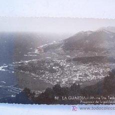 Postales: POSTAL LA GUARDIA -89- MONTE STA TECLA: PANORAMA DE LA POBLACION (CIRCULADA 1956). Lote 27611451