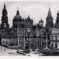 Postales: TARJETA POSTAL DE SANTIAGO DE COMPOSTELA (LA CORUÑA) - CATEDRAL , FACHADA DE LA AZABACHERIA. Lote 26145080