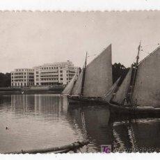 Postales: TARJETA POSTAL DE LA TOJA, PONTEVEDRA Nº 503. GRAN HOTEL. FOTO BLANCO. Lote 13619487