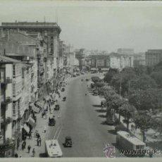 Postales: TARJETA POSTAL. LA CORUÑA. AVENIDA DE LOS CANTONES. AÑOS 50.. Lote 14214437