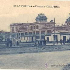 Postales: 3233 - ANTIGUA POSTAL LA CORUÑA- KIOSCOS Y CASA PASTOR- ESCRITA- SIN CIRC. Lote 25354731