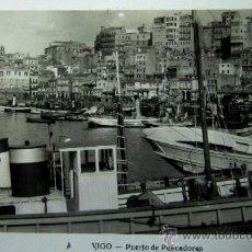 Postales: VIGO: PONTEVEDRA. PUERTO DE PESCADORES. L. ROISÍN Nº 3. AÑOS 50. Lote 25145585