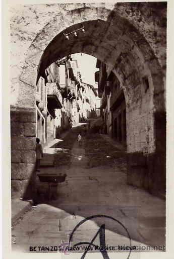 BETANZOS. ARCO DEL PUENTE NUEVO. (Postales - España - Galicia Antigua (hasta 1939))