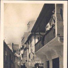 Postales: VIGO (PONTEVEDRA).- CALLE TÍPICA.-BARRIO DE LOS PESCADORES. Lote 27706443