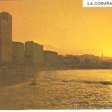 Postales: POSTAL LA CORUÑA, PLAYA DE RIAZOR PUESTA DE SOL, ESCRITA EN 1975 SIN SELLO. Lote 29543812
