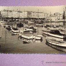 Postales: POSTAL DE LA CORUÑA, GALICIA. AÑOS 40 - 50. DÁRSENA. BARCOS DE PESCA, PUERTO. 572. . Lote 30336947