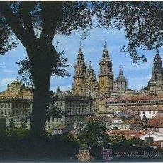 Postales: POSTAL DE SANTIAGO DE COMPOSTELA - CATEDRAL DESDE EL PASEO DE LA HERRADURA Nº 2080 P-GA-883. Lote 34118531