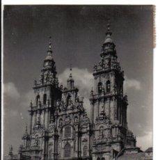 Postales: ANTIGUA POSTAL DE LA CATEDRAL DE SANTIAGO DE COMPOSTELA .ARTIGOT ZARAGOZA. Lote 36585382