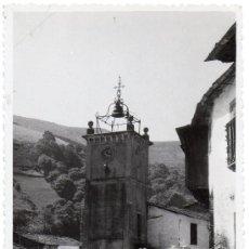 Postales: SAMOS, LUGO, TORRE DEL RELOJ Y CALLE DE LA TORRE, RARISIMA. Lote 36789076