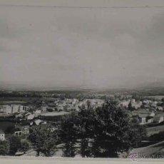 Postales: ANTIGUA FOTO POSTAL DE SARRIA (LUGO) VISTA PARCIAL. ED. GRECOR . MARGARA, SIN CIRCULAR. Lote 39548190