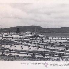Postales: POSTAL FOTOGRAFICA DEL MUELLE DE TRASATLANTICOS DE VIGO - ARRIBAS - 14. Lote 45488133