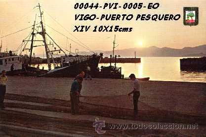 POSTAL VIGO PUERTO PESQUERO PUESTA DE SOL EDITORIAL ESCUDO DE ORO Nº5/44 AÑOS 60 Y 70* (Postales - España - Galicia Moderna (desde 1940))