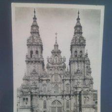 Postales: SANTIAGO, CATEDRAL. FACHADA DEL OBRADOIRO.EDICIONES ARTÍSTICAS EL SOL.. Lote 50375919