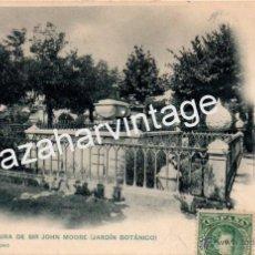 Postales: TARJ. POSTAL DE CORUÑA - SEPULTURA DE SIR JOHN MOORE JARDIN BOTANICO). 666. HAUSER Y MENET. Lote 54854574