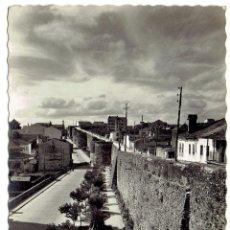 Postales: PS6531 LUGO 'MURALLAS'. GARCÍA GARRABELLA. CIRCULADA. 1953. Lote 55310075