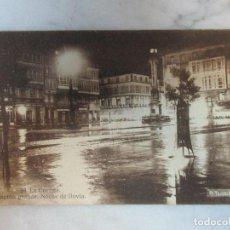 Postales: ANTIGUA POSTAL - Nº 30 LA CORUÑA - CANTÓN GRANDE, NOCHE DE LLUVIA - FOTÓGRAFO A. TEIGEIRO. Lote 61894624