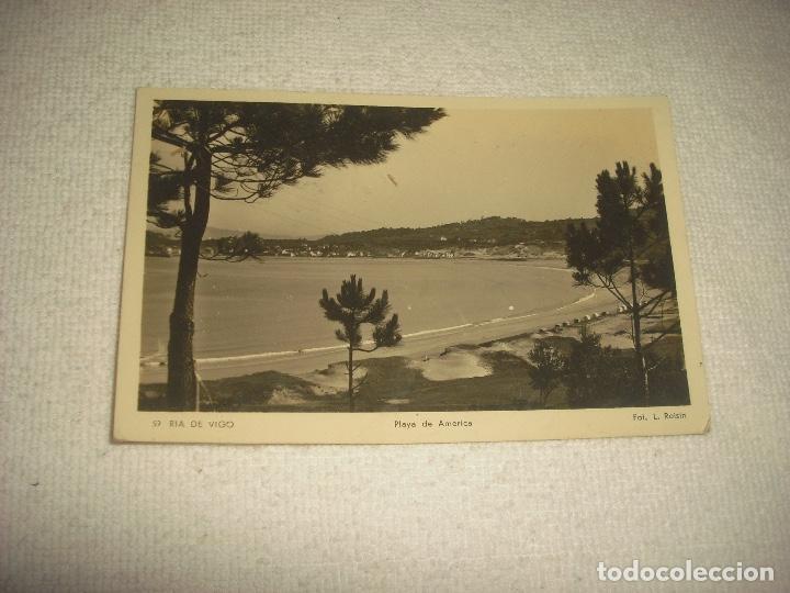 RIA DE VIGO 57 . PLAYA DE AMERICA . FOT. ROISIN .CIRCULADA (Postales - España - Galicia Antigua (hasta 1939))