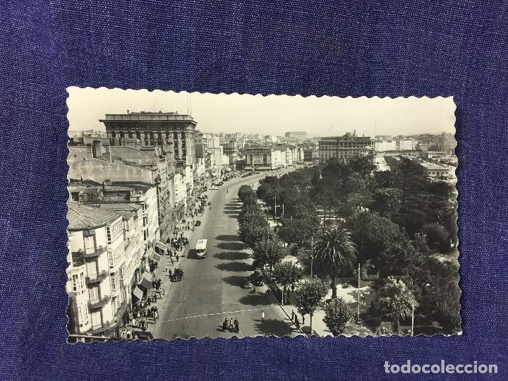 TARJETA POSTAL 5 LA CORUÑA AVENIDA DE LOS CANTONES CIRCULADA ED LUJO (Postales - España - Galicia Moderna (desde 1940))