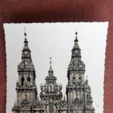 Postales: POSTAL SANTIAGO DE COMPOSTELA - CATEDRAL, FACHADA DEL OBRADOIRO. Lote 86672544