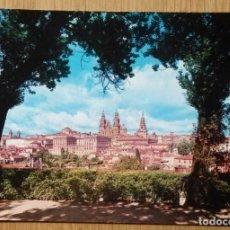 Postales: SANTIAGO DE COMPOSTELA - VISTA PARCIAL. Lote 87559008