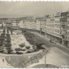 Postales: LA CORUÑA, PASEO DE LA MARINA - EDICIONES DE LUJO 81 - ESCRITA 1958. Lote 94190025