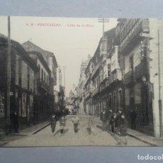 Postales: PONTEVEDRA. CALLE DE LA OLIVA. ANIMADA.. Lote 102531135