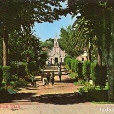 Postales: ISLA DE LA TOJA JARDINES Y CAPILLA AÑO 1960. Lote 106102799