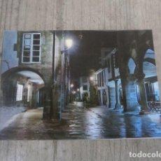 Postales: POSTAL SANTIAGO DE COMPOSTELA, RUA DEL VILLAR NOCTURNA. Lote 123627083