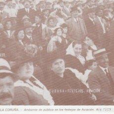 Postales: POSTAL A CORUÑA. PÚBLICO EN LOS FESTEJOS DE AVIACIÓN. AÑO 1929. LIBRERÍA ARENAS. A CORUÑA. Lote 130914352