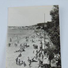 Postales: FOTO POSTAL DE VILLAGARCIA, PLAYA DE COMPOSTELA, N. 1002, ED. ARRIBAS, NO CIRCULADA.. Lote 135107622