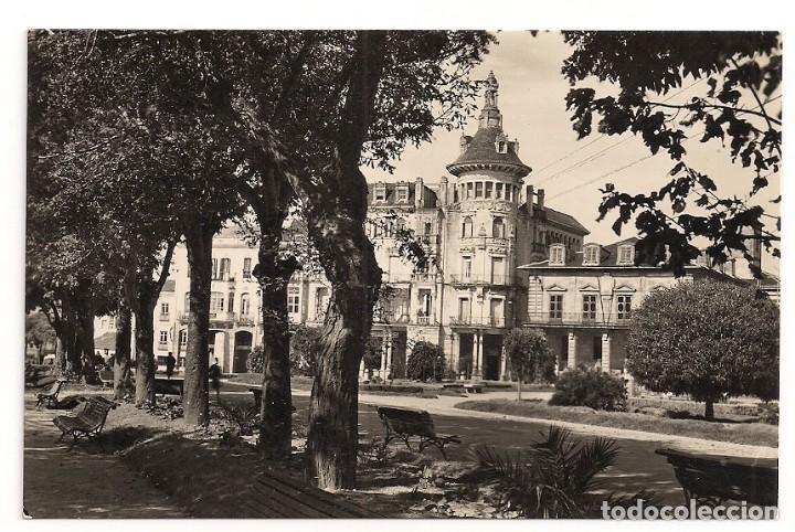 RIBADEO - PLAZA DE ESPAÑA - FOTO J. F. C - SIN CIRCULAR (Postales - España - Galicia Moderna (desde 1940))