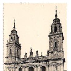 Postales: LUGO - FACHADA DE LA CATEDRAL - Nº 68 EDICIONES ARRIBAS. Lote 137668290