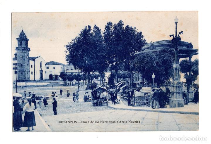 BETANZOS (CORUÑA).- PLAZA HERMANOS GARCIA NAVEIRA. EN UN DIA DE MERCADO (Postales - España - Galicia Antigua (hasta 1939))